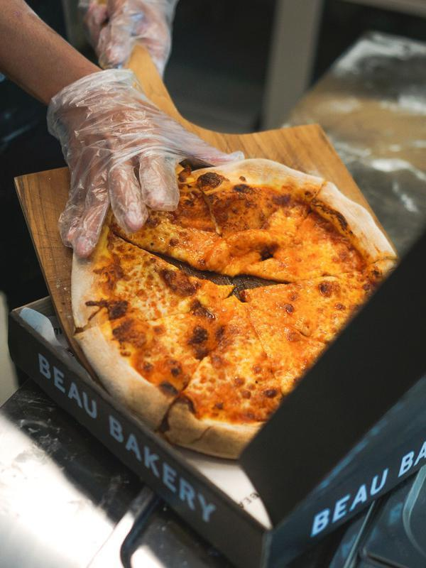 Sourdough Pizza dari BEAU BAKERY. (Foto: BEAU BAKERY)