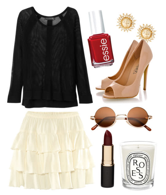 <b>Feminine classic</b><br>H&M skirt, Rag & Bone top, shoes via pret-a-beaute.com, River Island earrings, sunglasses via 80spurple.com,<br>