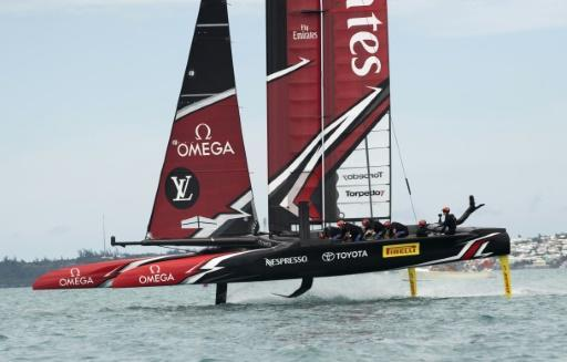 Emirates Team New Zealand race against Oracle Team USA in the 35th America's Cup in 2017