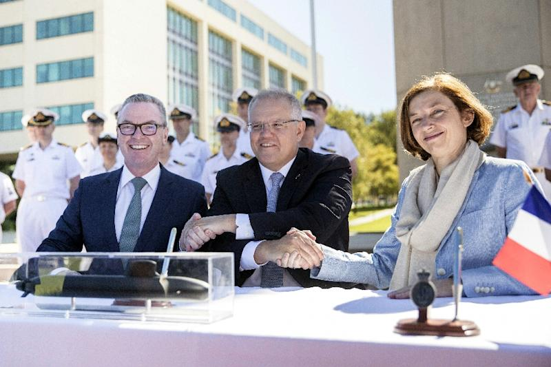 Visiting French Armed Forces Minister Florence Parly (R) cosigned the agreement in Canberra (AFP Photo/Jay CRONAN)