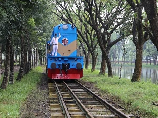 Locomotives provided by India to Bangladesh painted a new colour