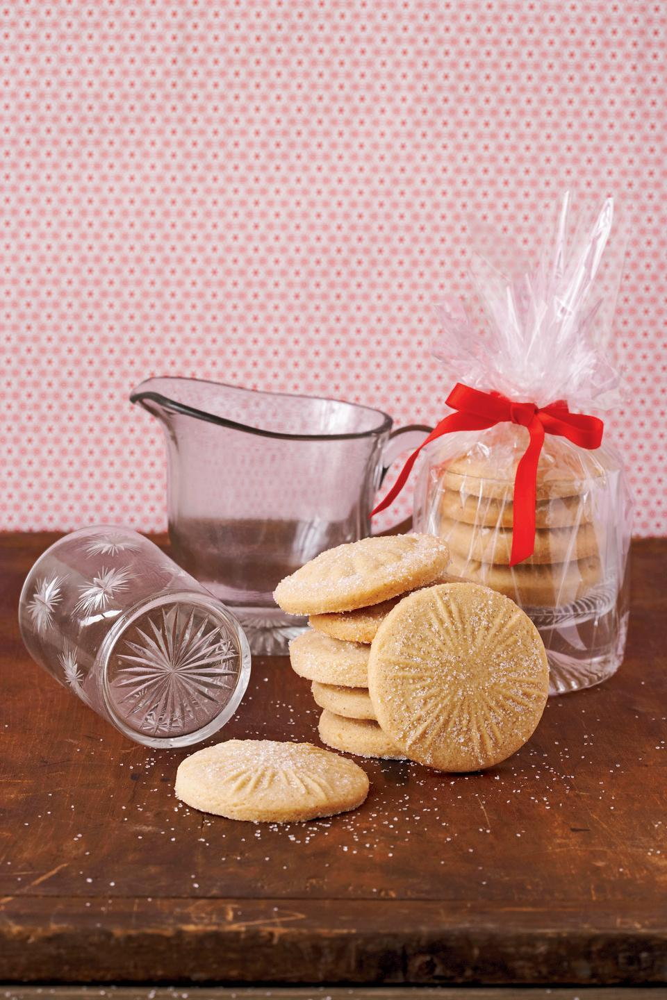 "<p>Simplify your holiday baking this season with just one dough recipe.</p><p>Get the recipe from <a href=""https://www.delish.com/cooking/recipe-ideas/recipes/a28549/sugar-cookie-dough-clv1207/"" rel=""nofollow noopener"" target=""_blank"" data-ylk=""slk:Delish"" class=""link rapid-noclick-resp"">Delish</a>. </p>"