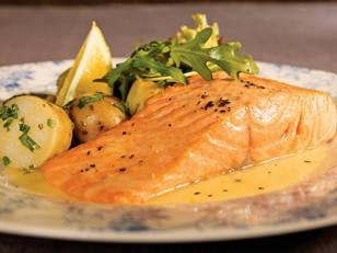 "Fish is great for fighting Tuesday-itis and boosting brain function. Try this <a rel=""nofollow"">salmon with lemon butter sauce</a> recipe for a delicious, quick meal."