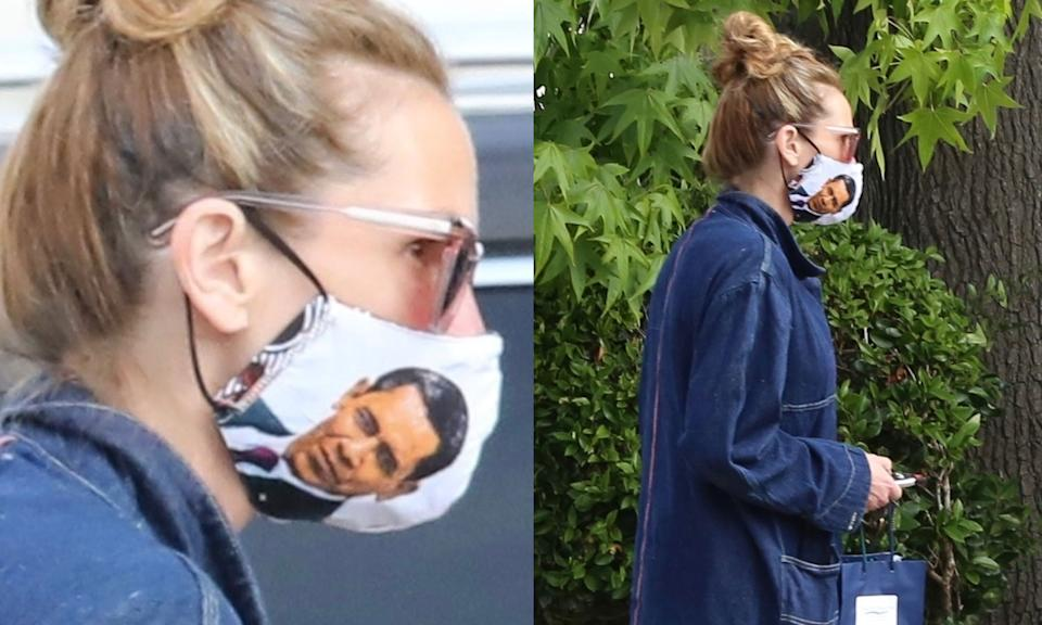 Julia Roberts wears Barack Obama face mask out in Los Angeles