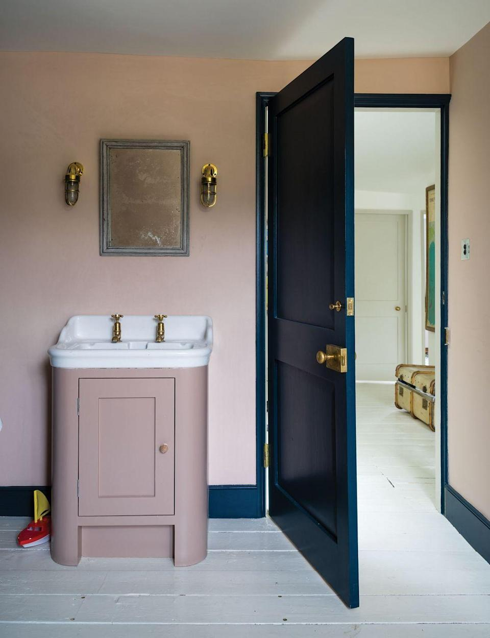 """<p>Soft pink and a strong midnight blue create a vintage feel, especially when used in homes with period features. Whilst a lighter blue would make this scheme fairly saccharine, suitable for a <a href=""""https://www.housebeautiful.com/uk/decorate/kitchen/g423/best-kitchen-design-trends/"""" rel=""""nofollow noopener"""" target=""""_blank"""" data-ylk=""""slk:modern kitchen"""" class=""""link rapid-noclick-resp"""">modern kitchen</a> or bedroom, the inky tones of a dark blue create a more sophisticated look.</p><p>Pictured: <a href=""""https://go.redirectingat.com?id=127X1599956&url=https%3A%2F%2Fwww.farrow-ball.com%2Fpaint-colours%2Fpink-ground&sref=https%3A%2F%2Fwww.redonline.co.uk%2Finteriors%2Feasy-to-steal-ideas%2Fg37326104%2Fcolour-combinations%2F"""" rel=""""nofollow noopener"""" target=""""_blank"""" data-ylk=""""slk:Pink Ground"""" class=""""link rapid-noclick-resp"""">Pink Ground</a> and <a href=""""https://go.redirectingat.com?id=127X1599956&url=https%3A%2F%2Fwww.farrow-ball.com%2Fpaint-colours%2Fhague-blue&sref=https%3A%2F%2Fwww.redonline.co.uk%2Finteriors%2Feasy-to-steal-ideas%2Fg37326104%2Fcolour-combinations%2F"""" rel=""""nofollow noopener"""" target=""""_blank"""" data-ylk=""""slk:Hague Blue"""" class=""""link rapid-noclick-resp"""">Hague Blue</a>, both by Farrow & Ball</p>"""