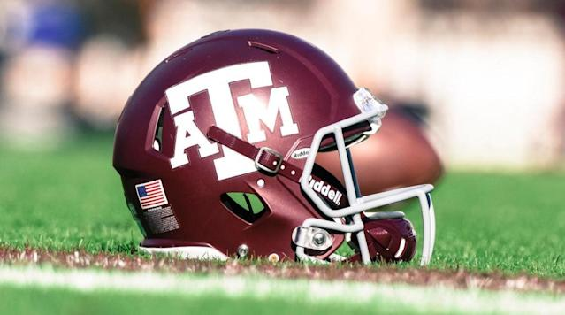 Texas A&M receiver blames indecent exposure charge on jock itch'