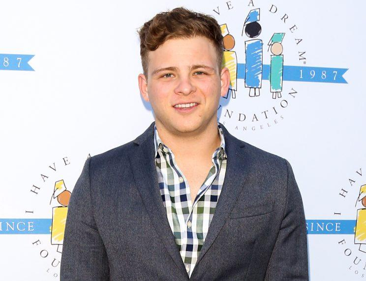 Jonathan Lipnicki at the