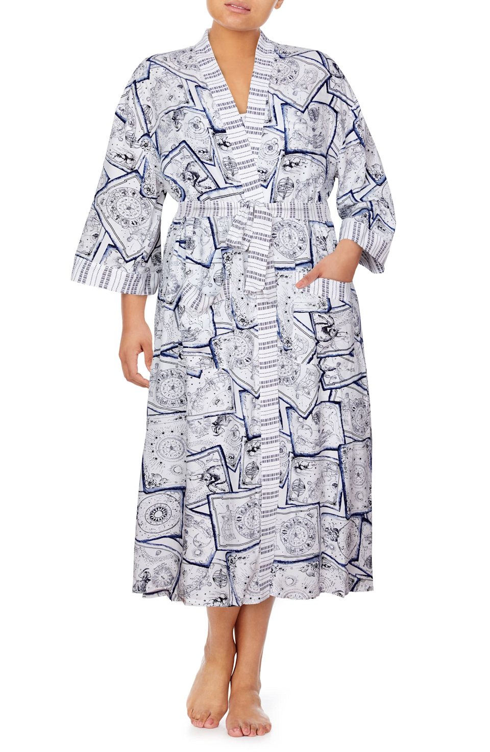"""<h2>Refinery29 Print Maxi Robe</h2><br>To be very transparent, we do know how to make a pretty great robe. We designed this one in a fun horoscope inspired print and a lightweight fabric, making this the perfect option for fall transition weather. <br><br><br><br><strong>Refinery29</strong> Print Maxi Robe, $, available at <a href=""""https://go.skimresources.com/?id=30283X879131&url=https%3A%2F%2Fwww.nordstrom.com%2Fs%2Frefinery29-print-maxi-robe%2F5597880"""" rel=""""nofollow noopener"""" target=""""_blank"""" data-ylk=""""slk:Nordstrom"""" class=""""link rapid-noclick-resp"""">Nordstrom</a>"""