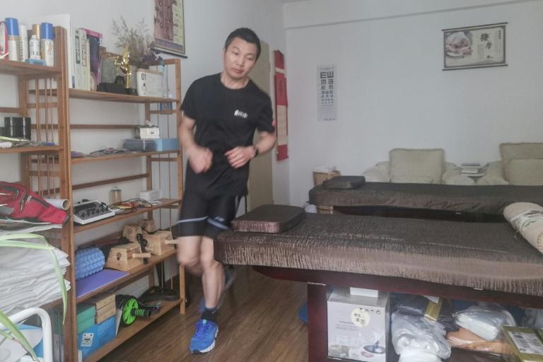 Pan Shancu says he jogged 66 kilometres (41 miles) in a loop at home in six hours, 41 minutes
