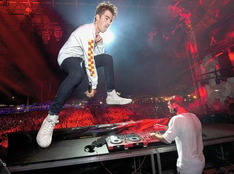 the chainsmokers, the chainsmokers interview, chainsmokers rolling stone, chainsmokers profile, chainsmokers halsey, chainsmokers bio