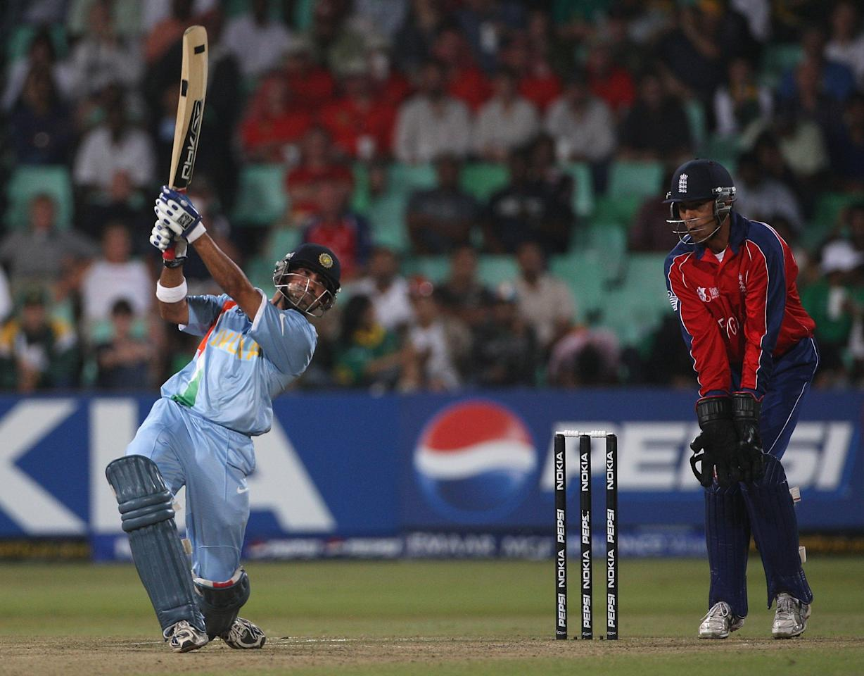 DURBAN, SOUTH AFRICA - SEPTEMBER 19:  Gautam Gambhir of India in action with Vikram Solanki of England looking on during the ICC Twenty20 Cricket World Championship Super Eights match between England and India at Kingsmead on September 19, 2007 in Durban, South Africa.  (Photo by Hamish Blair/Getty Images)