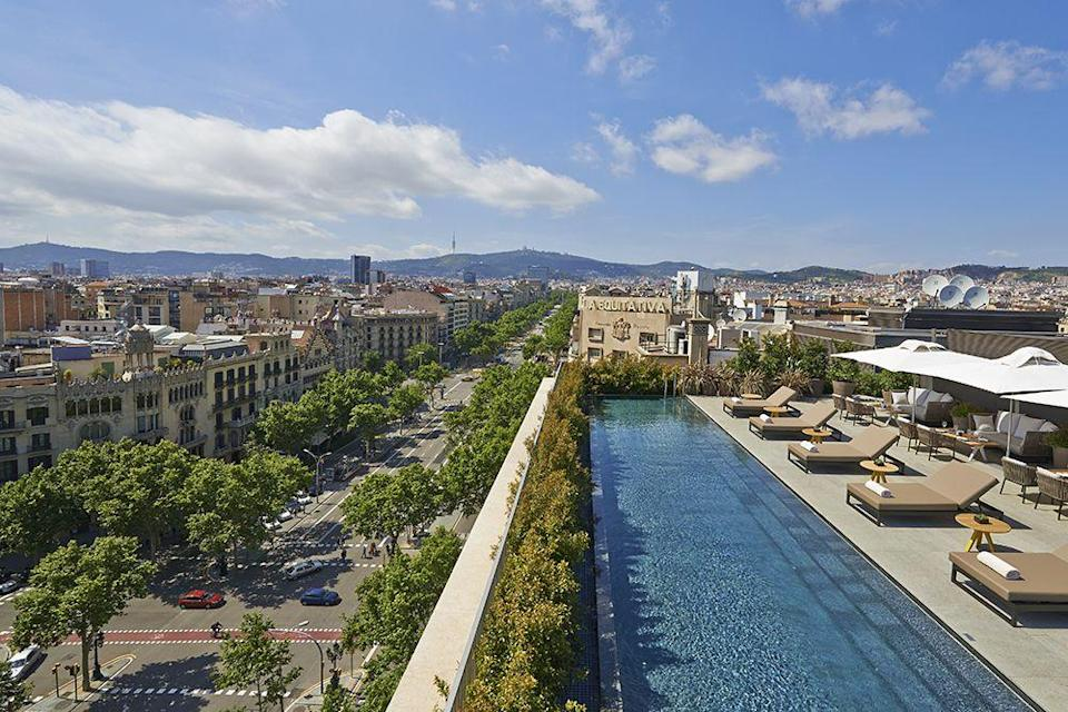 """<p>There's something special about a rooftop city pool, particularly at night - like you're part of the buzz yet also set apart. One of the best lies in Barcelona on the roof of the <a href=""""http://www.mandarinoriental.com/barcelona/passeig-de-gracia/luxury-hotel"""" rel=""""nofollow noopener"""" target=""""_blank"""" data-ylk=""""slk:Mandarin Oriental"""" class=""""link rapid-noclick-resp"""">Mandarin Oriental</a> high above exclusive shopping district Passeif de Gracia and a stroll from all the key sites, including major works by Gaudi.</p>"""