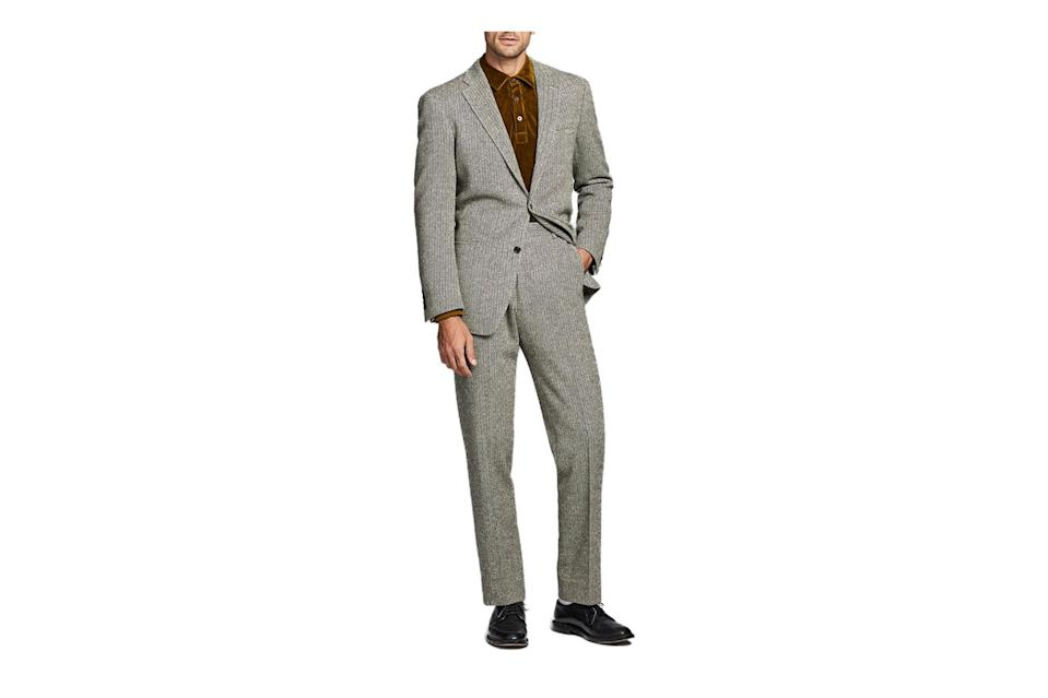 "$698, Todd Snyder. <a href=""https://www.toddsnyder.com/collections/sale/products/herringbone-sack-suit-jacket-brown"" rel=""nofollow noopener"" target=""_blank"" data-ylk=""slk:Get it now!"" class=""link rapid-noclick-resp"">Get it now!</a>"