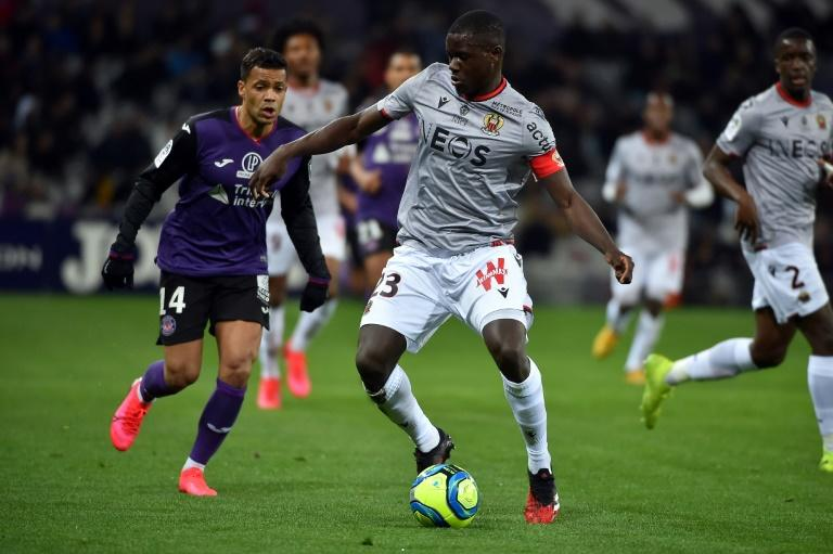 Chelsea sign former Nice defender Sarr on free transfer