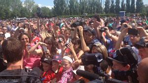 A huge crowd gathered to see Jonathan Toews and the Stanley Cup Friday.