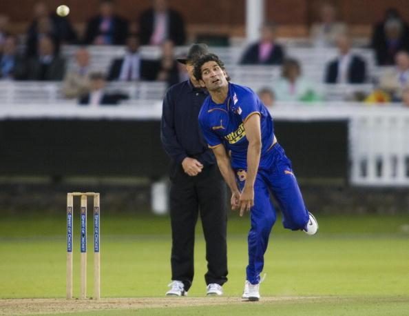 Rajasthan Royals Sohail Tanvir bowls aga : News Photo