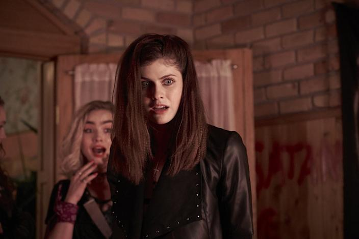 Maddie Hasson and Alexandra Daddario in the movie 'We Summon the Darkness'