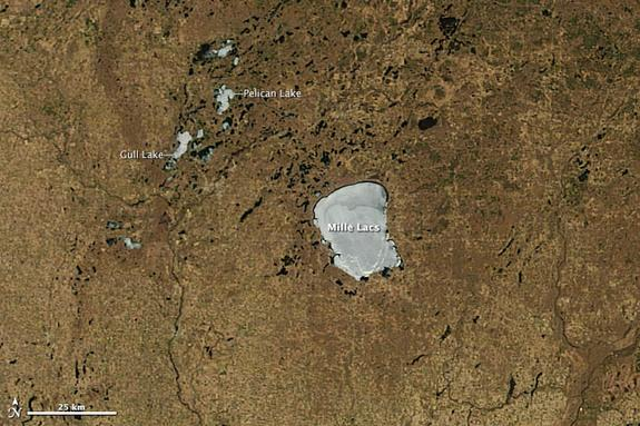 Minnesota lakes have stayed frozen into mid-May, thanks to 2013's record cold spring.