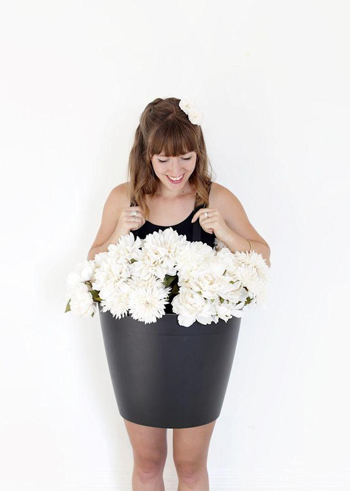 """<p>If you have a green thumb, you'll love this cute DIY flower pot costume! The easy tutorial includes a video with step-by-step instructions. </p><p><strong>See more at <a href=""""https://themerrythought.com/diy/diy-flower-pot-costume/"""" rel=""""nofollow noopener"""" target=""""_blank"""" data-ylk=""""slk:The Merrythought"""" class=""""link rapid-noclick-resp"""">The Merrythought</a>. </strong></p><p><a class=""""link rapid-noclick-resp"""" href=""""https://www.amazon.com/Dritz-28608-13-Polypro-Belting-Handles/dp/B08T6C4QF9/ref=sr_1_4?tag=syn-yahoo-20&ascsubtag=%5Bartid%7C2164.g.37115224%5Bsrc%7Cyahoo-us"""" rel=""""nofollow noopener"""" target=""""_blank"""" data-ylk=""""slk:SHOP POLYPRO STRAPS"""">SHOP POLYPRO STRAPS</a></p>"""