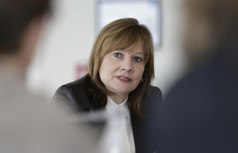 GM, safety agency face Congress over recalls