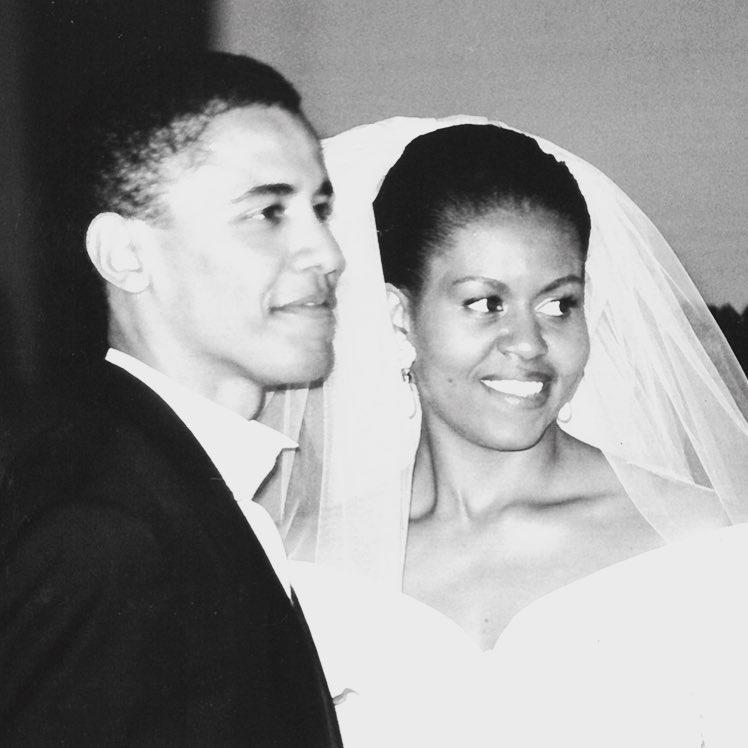 <p>After getting engaged in 1991, the pair wed in Chicago on Oct. 3, 1992. </p>