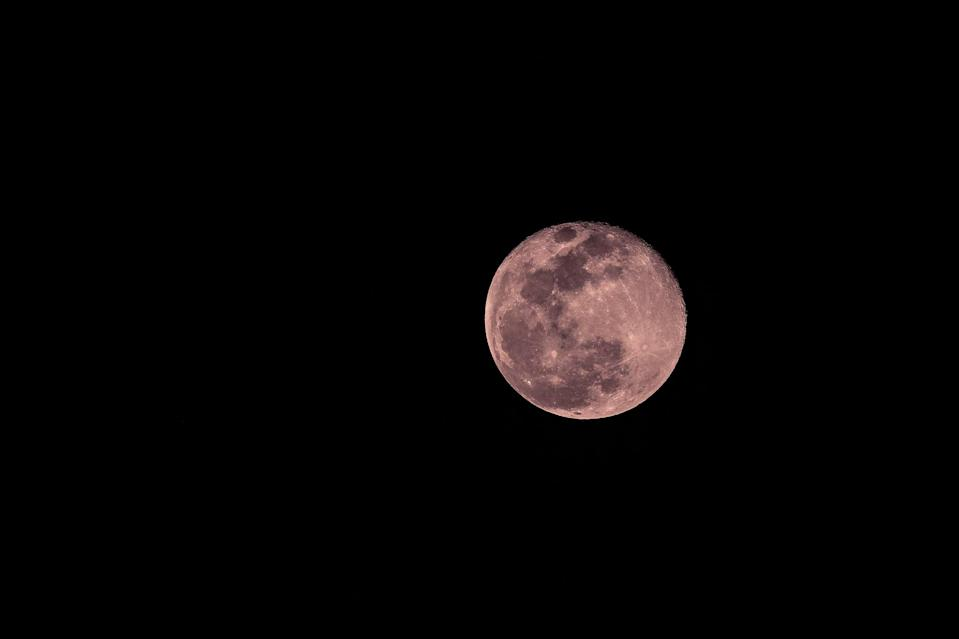 """<p>You can see April's full moon on the 26th of the month - just as pink flowers begin to bloom, inspiring the <a href=""""http://www.almanac.com/full-moon-names"""" class=""""link rapid-noclick-resp"""" rel=""""nofollow noopener"""" target=""""_blank"""" data-ylk=""""slk:pink moon"""">pink moon</a>'s namesake.</p>"""