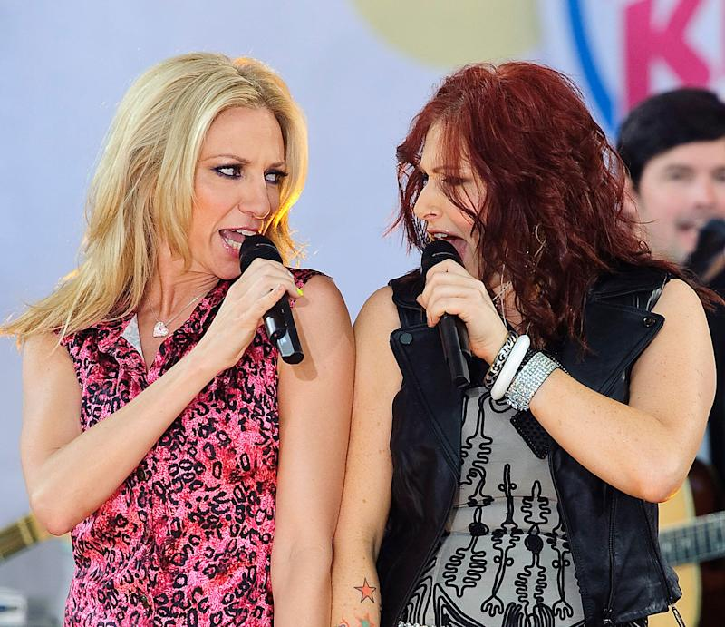 "NEW YORK, NY - JULY 29: (L to R) Debbie Gibson and Tiffany perform on ABC's ""Good Morning America"" at Rumsey Playfield, Central Park on July 29, 2011 in New York City. (Photo by Debra L Rothenberg/WireImage)"