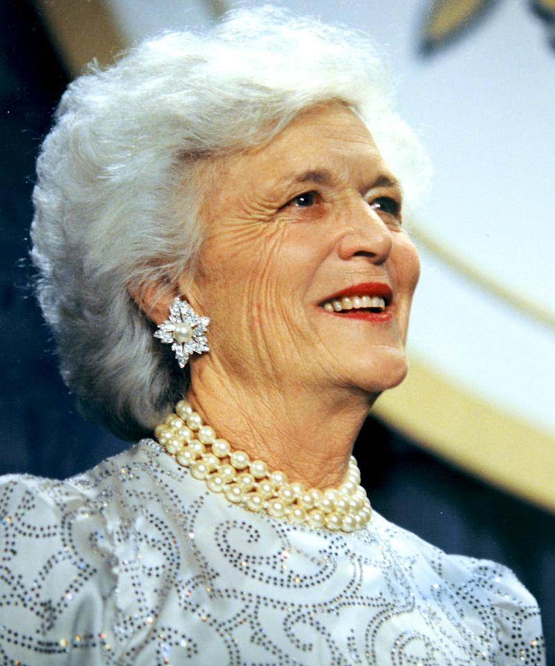 Barbara Bush Turns 92 See Her And More First Ladies Inaugural Gowns