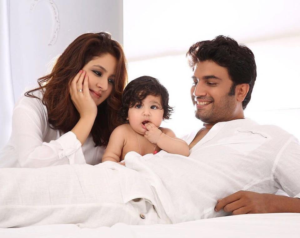 <p>Her parents met on the sets on Aakrosh – a serial telecast on Doordarshan, and were chosen by destiny to fall in love. Some love stories are but perfect, just like theirs. Sharad and Keerti celebrate 12 years of marital bliss this year and the cherry on the cake of this blessed life is their adorable daughter who turned three, February this year. </p>