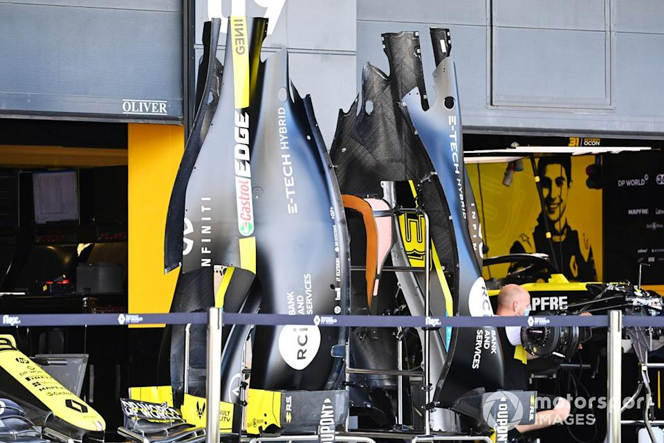 "Renault F1 bodywork outside the garage<span class=""copyright"">Mark Sutton / Motorsport Images</span>"