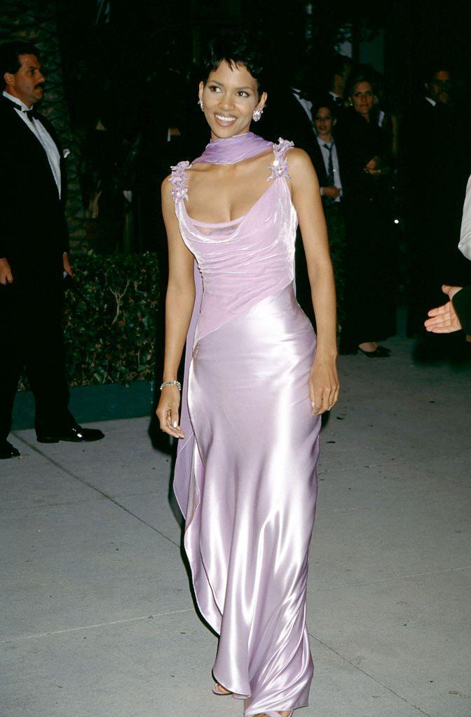 <p>Years before she and Denzel Washington became the first black actors to win the Best Actor and Best Actress Oscars at the same time (in 2002) Berry attended in the late nineties. </p>