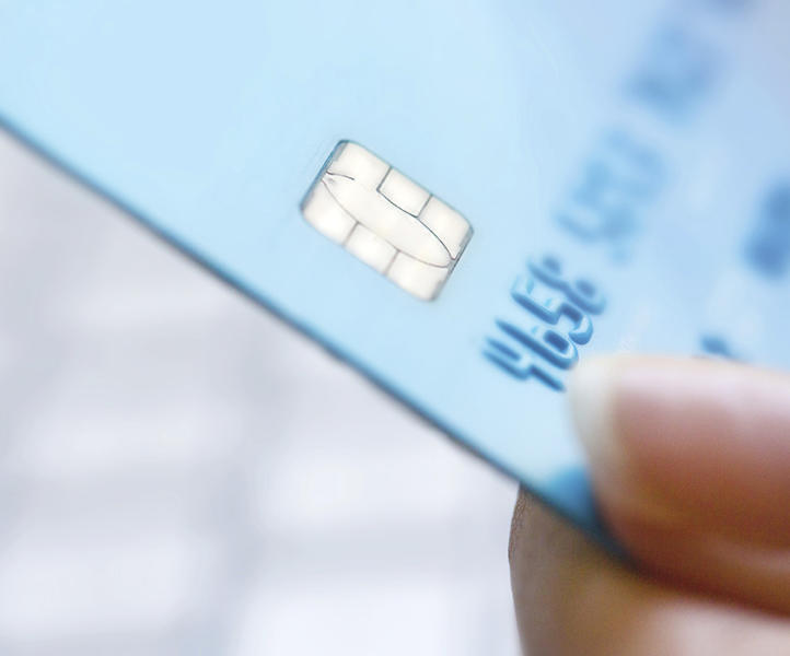 Why you need a smart chip credit card when travelling abroad