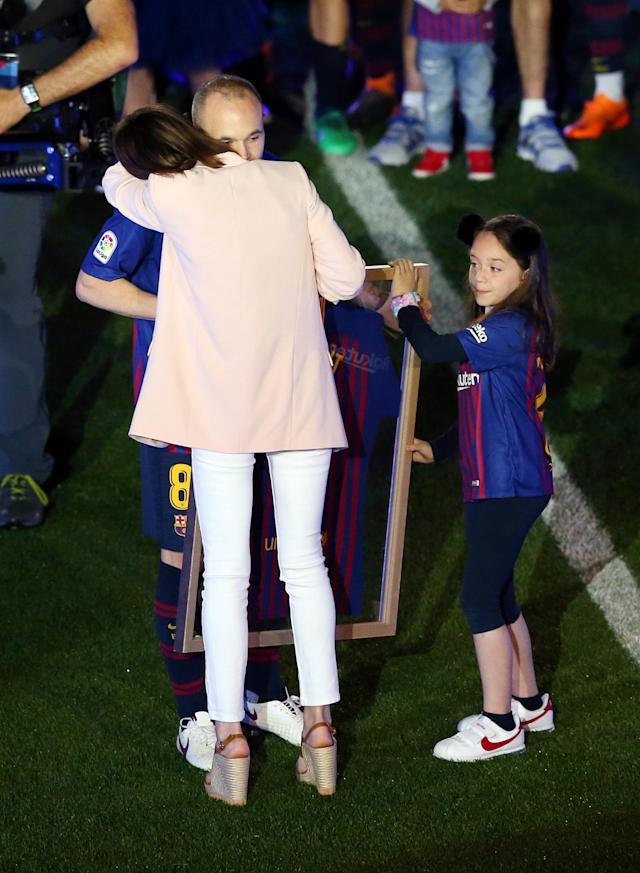 Soccer Football - La Liga Santander - FC Barcelona vs Real Sociedad - Camp Nou, Barcelona, Spain - May 20, 2018 Barcelona's Andres Iniesta with family after the match REUTERS/Albert Gea