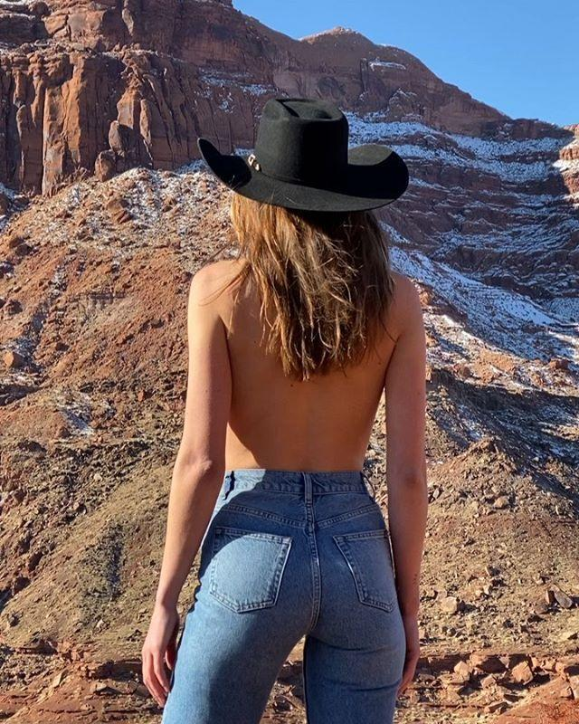 """<p>""""Get your butt into something more sustainable,"""" is the mantra for Reformation, a brand known for sourcing sustainable fabrics and making trendy fashion. The Ref Jeans collection started in 2017, creating affordable and eco-friendly denim. The brand uses non-chlorine bleaches, plus one-third of the amount of water and cotton as traditional denim brands. From their '80s inspired cigarette jean to the classic skinny, each pair will be good for your butt, good for your wallet, and good for the earth! </p><p><strong>Best Seller: </strong><a href=""""https://www.net-a-porter.com/en-us/shop/product/reformation/net-sustain-high-rise-skinny-jeans/1258449"""" rel=""""nofollow noopener"""" target=""""_blank"""" data-ylk=""""slk:High-Rise Skinny Jean"""" class=""""link rapid-noclick-resp""""><em>High-Rise Skinny Jean</em></a>, $98</p><p><strong>Our Pick:</strong> <a href=""""https://www.thereformation.com/products/vintage-high-straight?color=Sydney&via=Z2lkOi8vcmVmb3JtYXRpb24td2VibGluYy9Xb3JrYXJlYTo6Q2F0YWxvZzo6Q2F0ZWdvcnkvNWE2YWRmZDNmOTJlYTExNmNmMDRlOWQz"""" rel=""""nofollow noopener"""" target=""""_blank"""" data-ylk=""""slk:Vintage High-Straight"""" class=""""link rapid-noclick-resp""""><em>Vintage High-Straight</em></a>, $128</p><p><a href=""""https://www.instagram.com/p/B7rixLanN4w/"""" rel=""""nofollow noopener"""" target=""""_blank"""" data-ylk=""""slk:See the original post on Instagram"""" class=""""link rapid-noclick-resp"""">See the original post on Instagram</a></p>"""