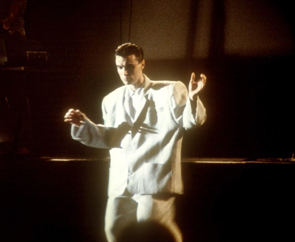 "<a href=""http://movies.yahoo.com/movie/1808431304/info"">STOP MAKING SENSE</a> (1984) <br>Directed by: Jonathan Demme<br><br>David Byrne dons his ""big suit"" and, along with his fellow Talking Heads members, rocks the house in this groundbreaking concert doc directed by Jonathan Demme."