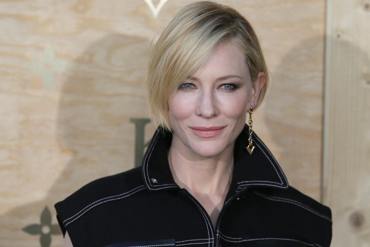 <p><strong>No. 8 (tie): Cate Blanchett</strong><br /><strong>Past year's earnings: $12 million</strong><br /><em>Forbes</em> reports that when picking roles, the Aussie star appears to films like <em>Carol</em> that resonate with the Oscars crowd with popular culture flicks such as the upcoming <em>Thor: Ragnarok</em>.<br />(Canadian Press) </p>