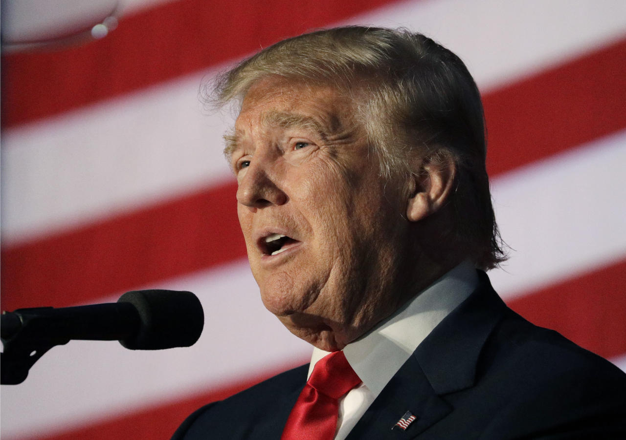 <p> Republican presidential candidate Donald Trump speaks at a campaign rally, Thursday, Sept. 29, 2016, in Bedford, N.H. (AP Photo/John Locher) </p>