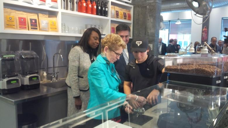 Kathleen Wynne reveals more on new Ontario pension plan