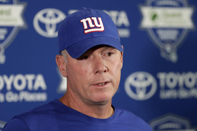 """<a class=""""link rapid-noclick-resp"""" href=""""/nfl/teams/nyg"""" data-ylk=""""slk:New York Giants"""">New York Giants</a> head coach Pat Shurmur's decision to go for two with the Giants down eight points led to a lot of disagreement. (AP)"""