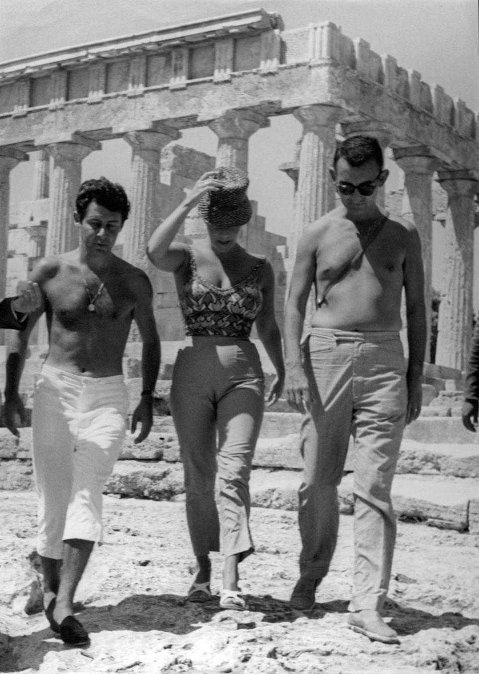<p>Liz Taylor and her husband Eddie Fisher visiting the Parthenon in Athens, Greece.</p><p>Other celebrity visitors this year: Jayne Mansfield, Mickey Hargitay.</p>