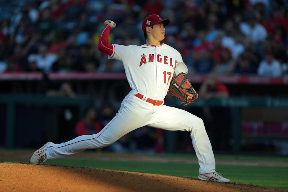 Ohtani pitches against the Mariners