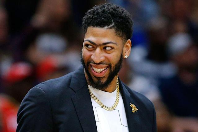 """<a class=""""link rapid-noclick-resp"""" href=""""/nba/players/5007/"""" data-ylk=""""slk:Anthony Davis"""">Anthony Davis</a> reportedly remains steadfast in his desire to be traded. (Getty Images)"""