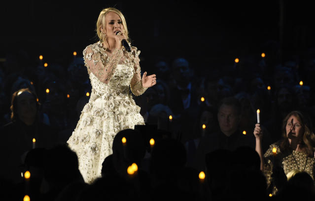 Underwood blew the audience away with her emotional performance. (Photo: AP)