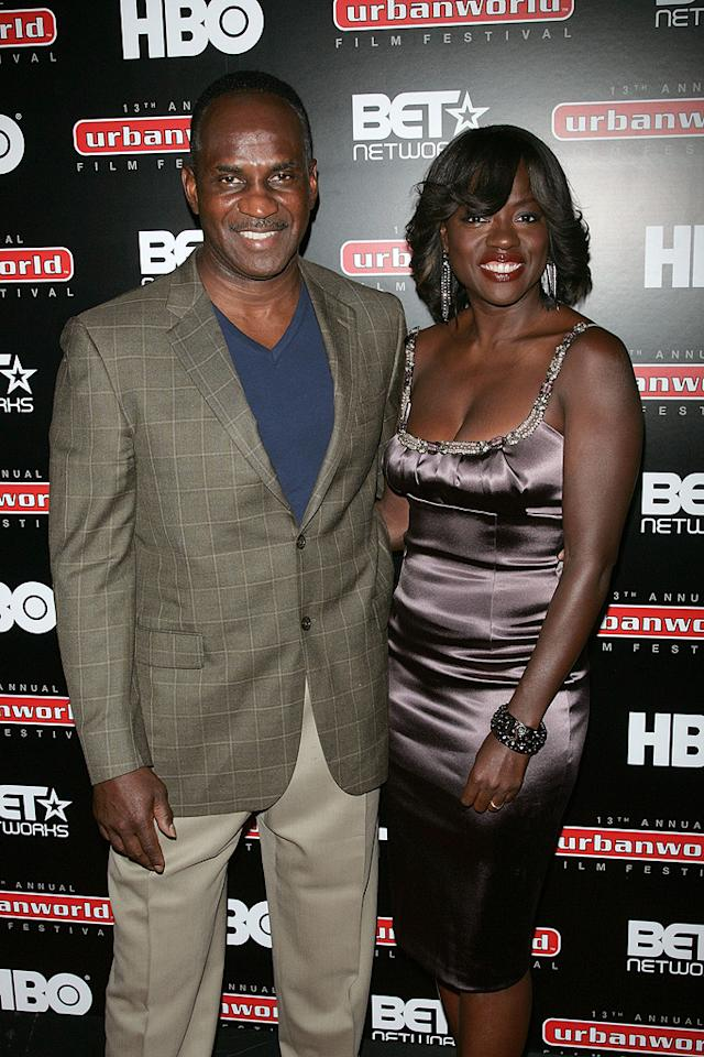 "<a href=""http://movies.yahoo.com/movie/contributor/1800315745"">Viola Davis</a> and husband at the New York City premiere of <a href=""http://movies.yahoo.com/movie/1810029276/info"">Law Abiding Citizen</a> - 09/23/2009"
