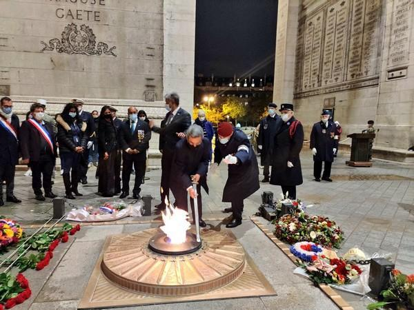 Indian Envoy Jawed Ashraf, Senator Remi Feraud, MEP Maxette Pirbakas paying homage to the Indian soldiers who died during the WWI. (Photo credit: Twitter/India in France)