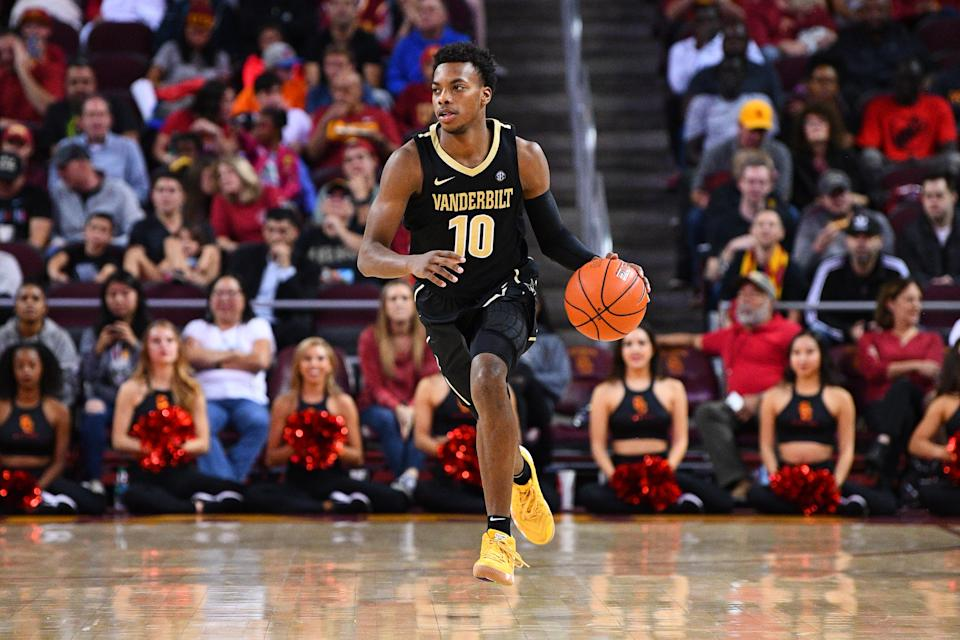 LOS ANGELES, CA - NOVEMBER 11: Vanderbilt guard Darius Garland (10) brings the ball up the court during a college basketball game between the Vanderbilt Commodores and the USC Trojans on November 11, 2018, at the Galen Center in Los Angeles, CA. (Photo by Brian Rothmuller/Icon Sportswire via Getty Images)