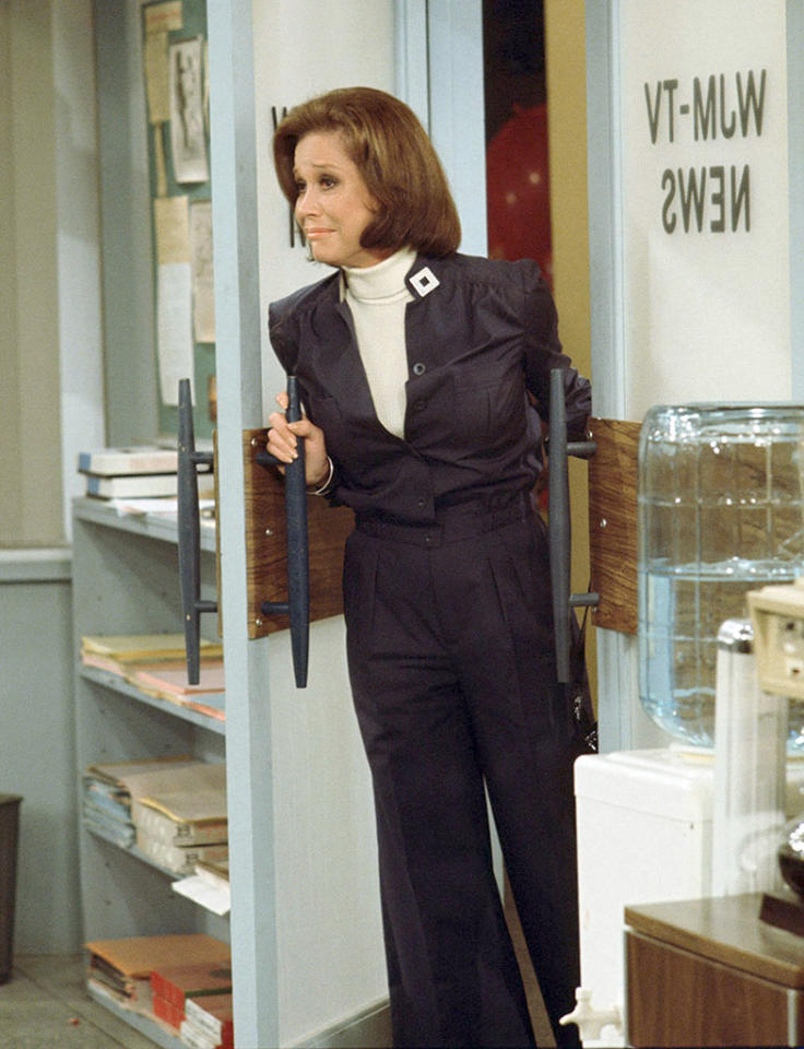 "The Mary Tyler Moore Show. Mary Tyler Moore as Mary Richards  in  ""The Last Show"". Episode # 168.  Air date: March 19, 1977. Copyright CBS Worldwide Inc. All Rights Reserved. Credit: CBS Photo Archive."