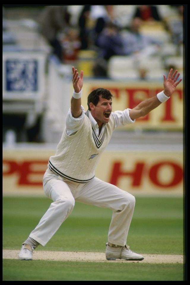 Jul 1990:  Richard Hadlee of New Zealand appeals for a wicket during the third test against England.                                    Mandatory Credit: Ben Radford/Allsport UK