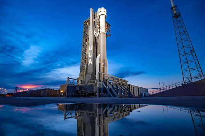 Launch of an unpiloted Boeing Starliner astronaut ferry ship atop a United Launch Alliance Atlas 5 rocket is on hold while engineers troubleshoot problems with valves in the capsule's propulsion system. / Credit: ULA