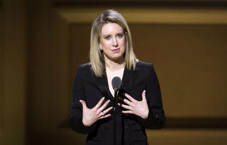 FILE PHOTO:  Theranos Chief Executive Officer Elizabeth Holmes speaks on stage at the Glamour Women of the Year Awards where she receives an award, in the Manhattan borough of New York, U.S., November 9, 2015.    REUTERS/Carlo Allegri/File Photo